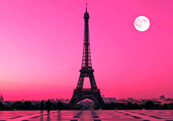 ¿Es la torre Eiffel solo una obra de ingeniería?