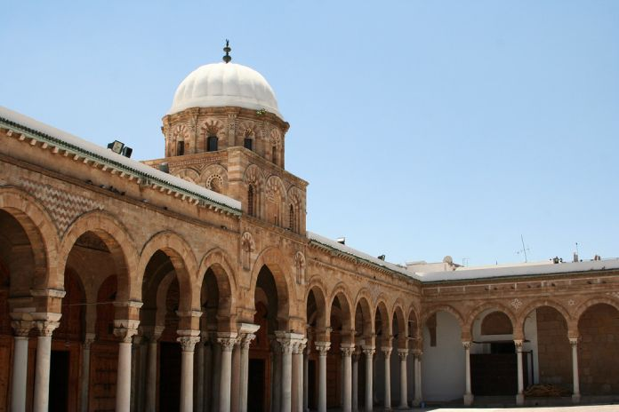 Mezquita Al-Zaytuna en Túnez