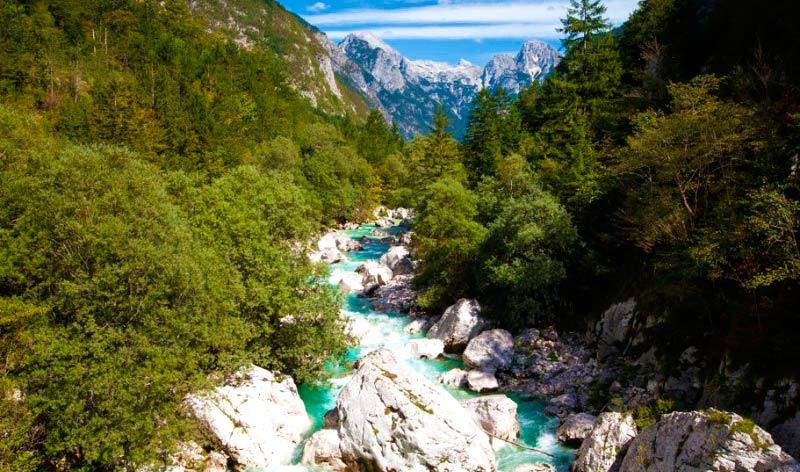Valle de Soča cerca de Trenta