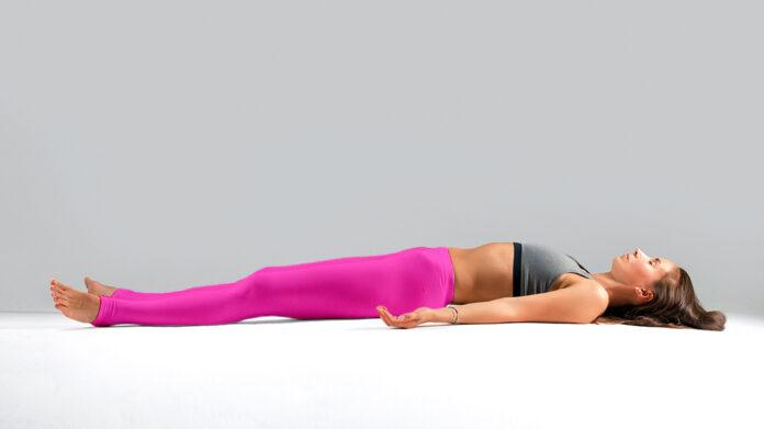 Así es como el Yoga Nidra te ayuda a reducir el estrés en solo 15 minutos
