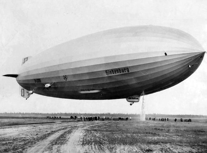 Zeppelin-En-La-Primera-Guerra-Mundial-Hinderburg