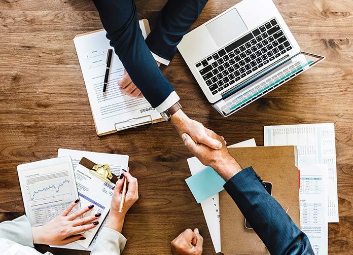 Seleccionar a un nuevo empleado online