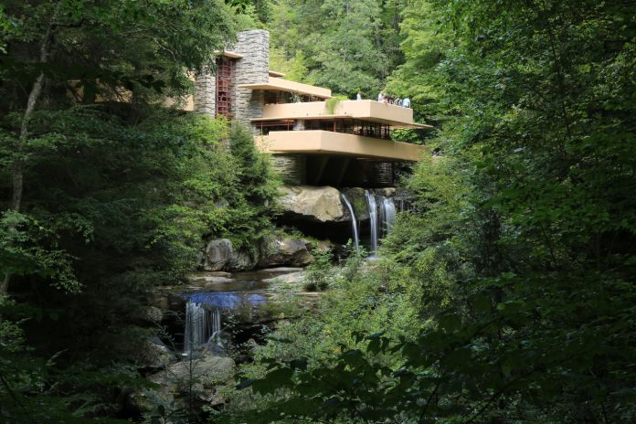 Arquitectura Bauhaus: Casa de la cascada en Pensilvania.