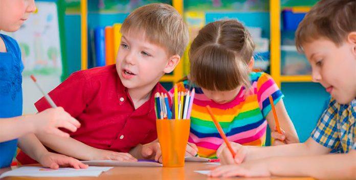 Cómo enseñar a escribir a niños con autismo.
