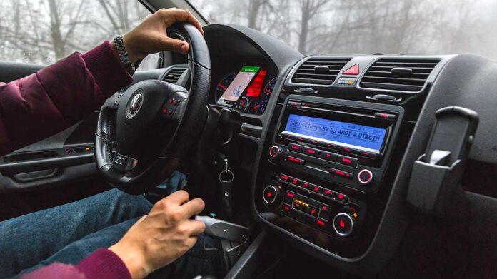 Autorradios: tipos y funciones de los mejores equipos de audio para el coche