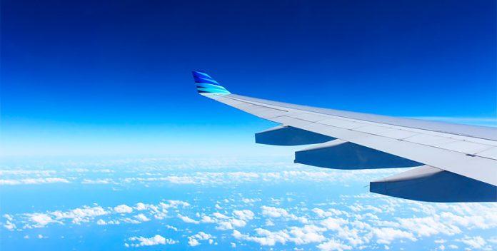 Cálculo del precio de los billetes de avión.
