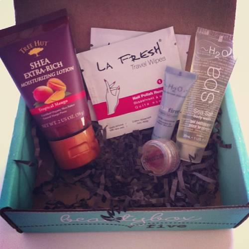 cajas-de-suscripcion-maquillaje