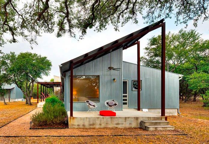 Casa de metal corrugado reciclado