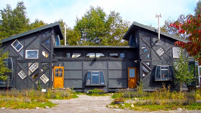 Casa ecológica construida con acero reciclado