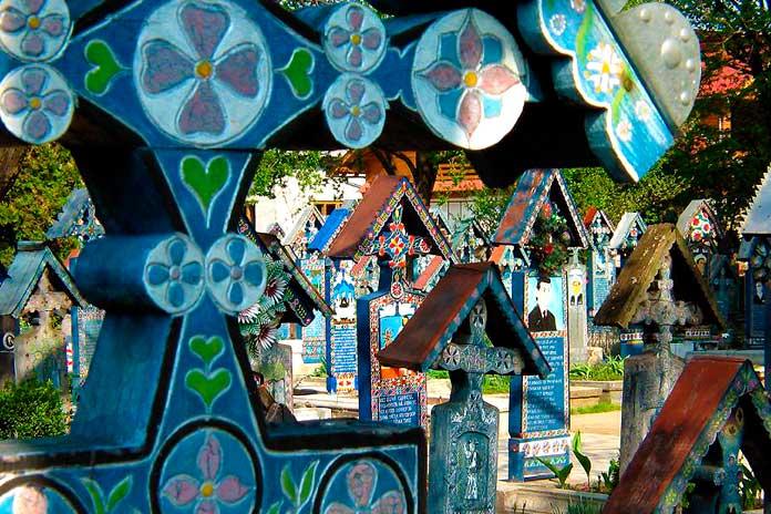 Cementerio alegre de Sapanta 3