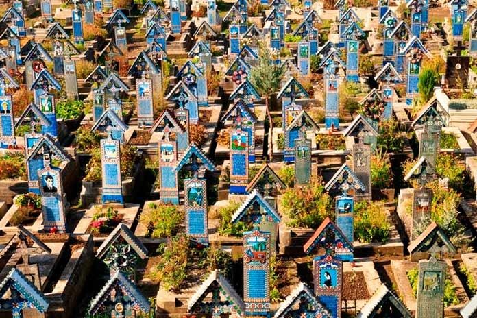 Cementerio alegre de Sapanta 5