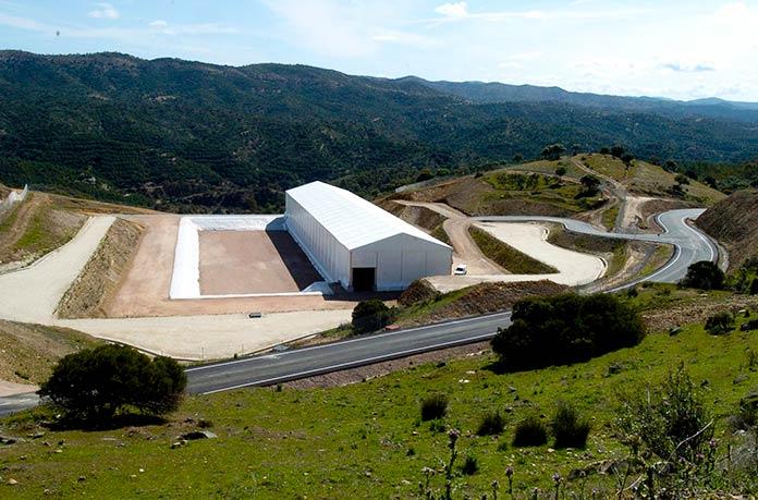 Cementerio nuclear El Cabril en Córdoba, España