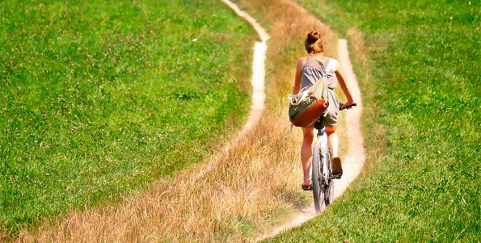El ciclismo, una actividad para mantenerse joven.