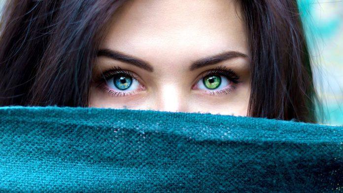 Cómo cambiar el color de tus ojos: métodos efectivos para cambiar de color de ojos