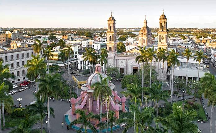 Construcciones antiguas: Casco Histórico de Tampico, México