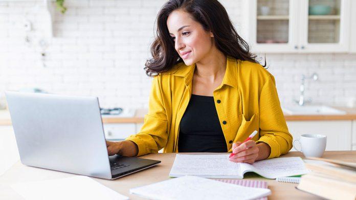Ya puedes solicitar tu plaza para los cursos gratuitos para trabajadores