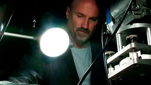 El director David Fincher durante el montaje de la película Zodiac