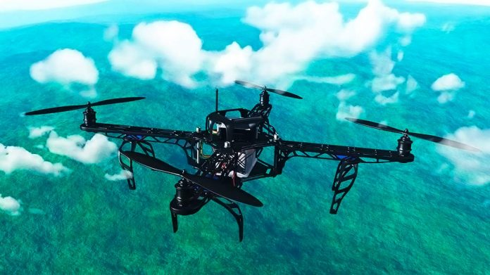 dron sobrevolando montañas