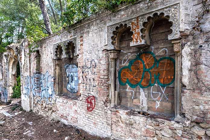 Edificios abandonados - Casino de l'Arrabassada
