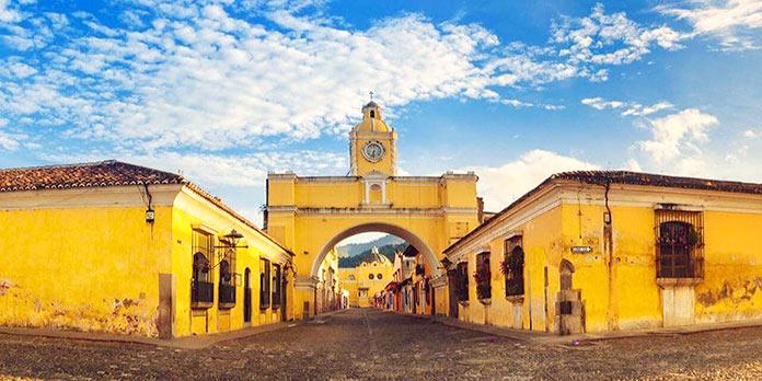 Edificios antiguos: Arco de Santa Catalina, Guatemala