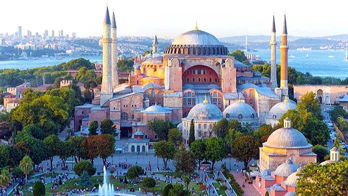 Edificios antiguos: Basílica de Santa Sofía, Turquía