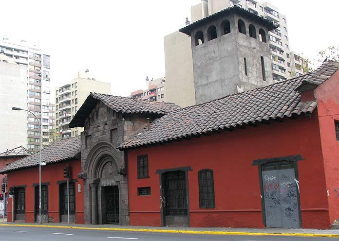 Construcciones antiguas: La Casa de Los Diez, Chile