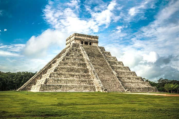 Edificios antiguos: Chichen Itzá, México