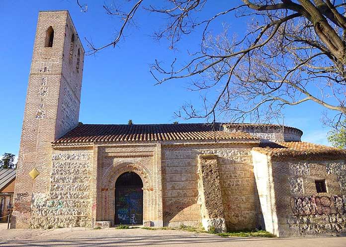 Edificios antiguos: Ermita Santa María de la Antigua, Madrid