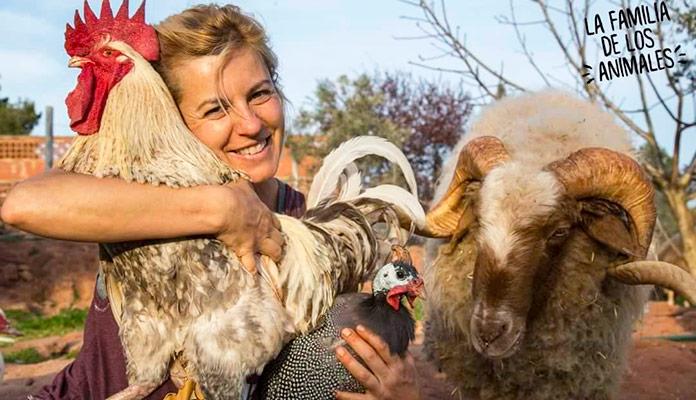 "Elena Tova, fundadora de ""El Hogar de Luci"" (primer santuario de animales en España)"
