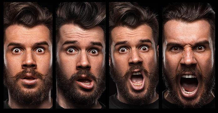 Hombre con mostrando sus emociones