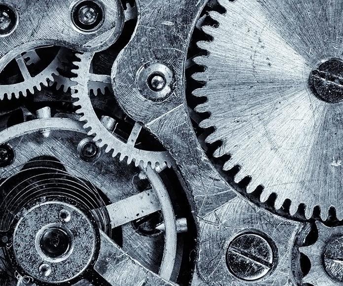 ruedas y engranajes de un dispositivo mecánico