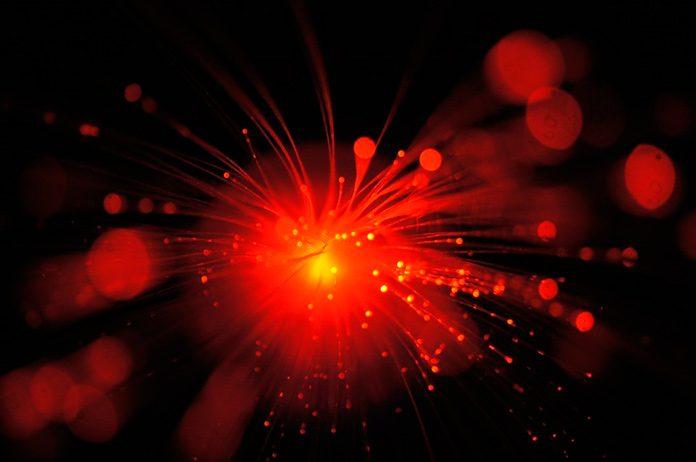 ¿Una fibra óptica de mil terabits? Sí, es posible