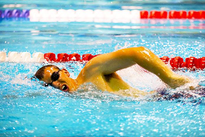 Beneficios y contraindicaciones de la natación