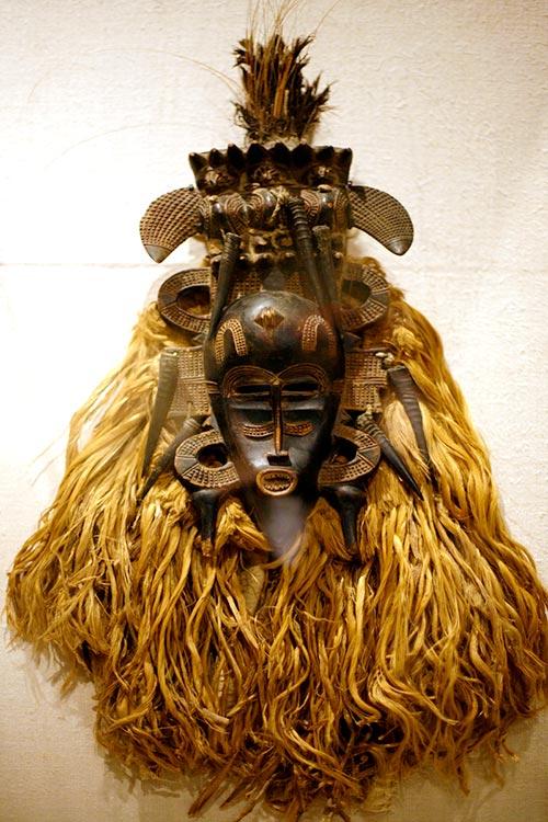 Máscara Kpelie del pueblo Senufo