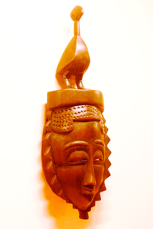 Máscara Ngblo