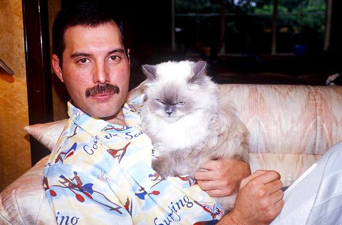 Freddie Mercury con Delilah