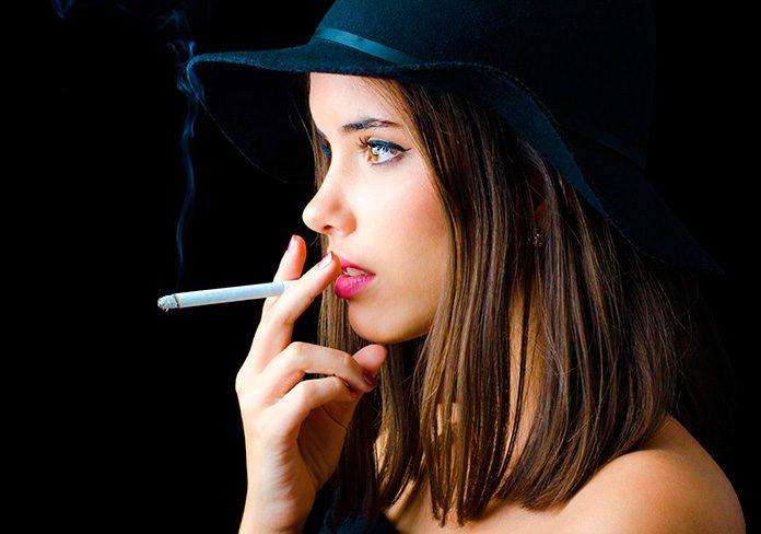 Los fumadores tienen más riesgo de perder la audición.