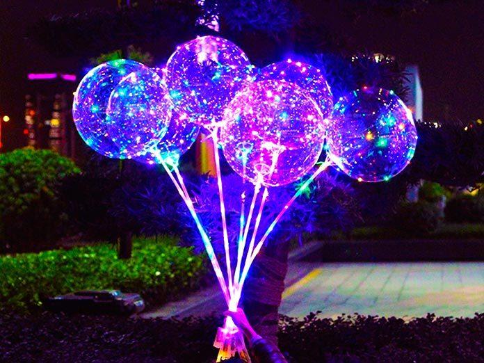 La decoración con globos LED: una forma creativa de iluminar las fiestas