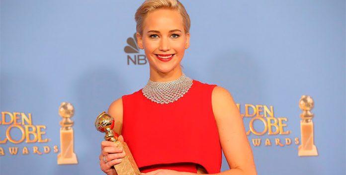 Jennifer Lawrence: una máquina de seducción en el Gorrión Rojo.