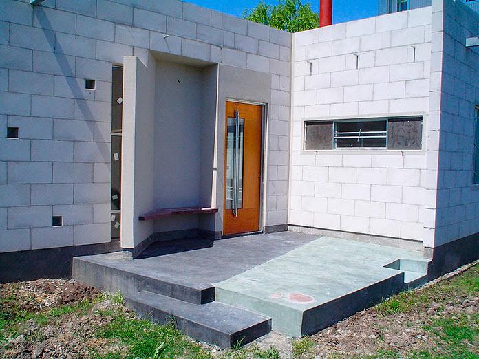 Casa con bloques de hormigón celular