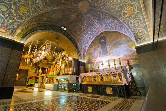 La capilla de la crucifixión en el Santo Sepulcro