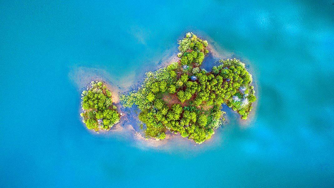 Islas abandonadas, testigos impasibles de la devastación