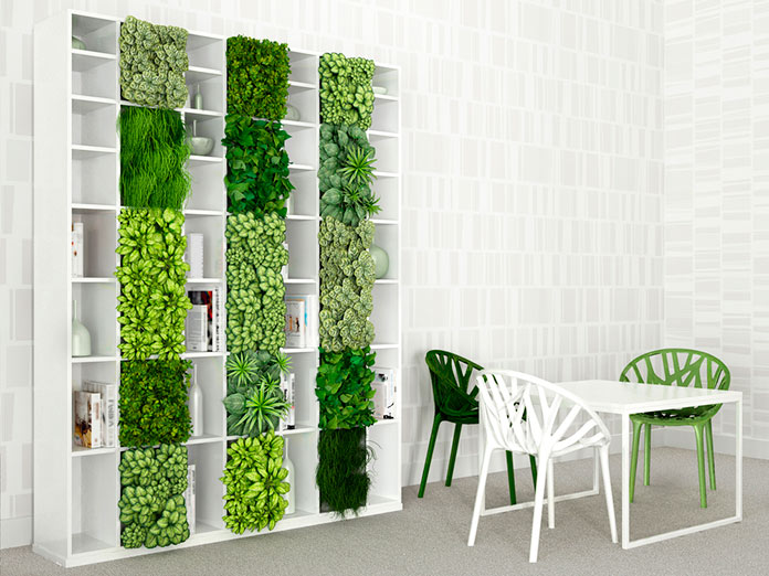 Jardín vertical interior instalado en una estantería