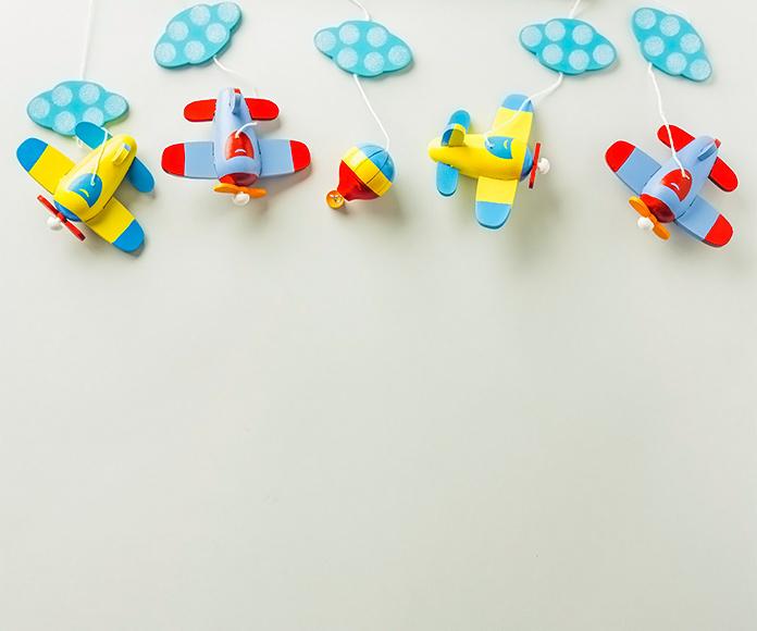 juguetes colgantes para bebés