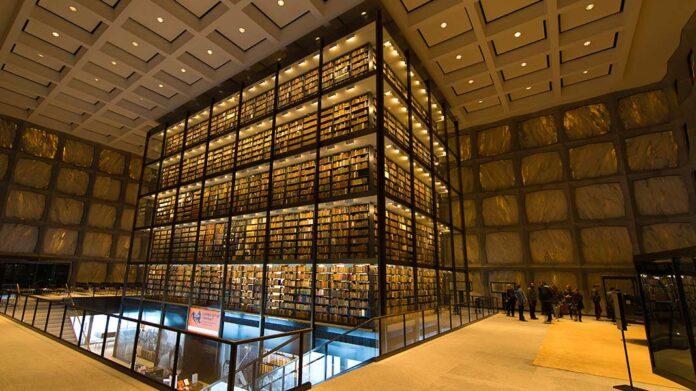 La biblioteca de libros raros más grande del mundo esconde 3 ejemplares únicos de incalculable valor