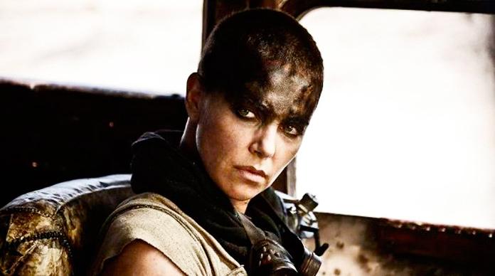 Charlize Theron es Imperator Furiosa en la película Mad Max Fury Road