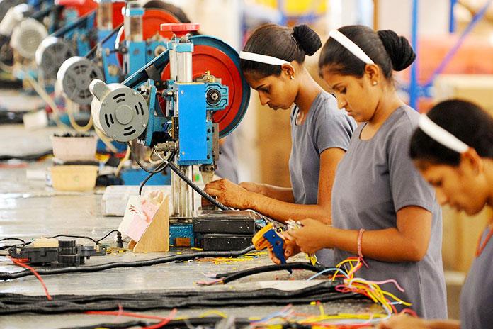 Trabajadores de maquinaria textil