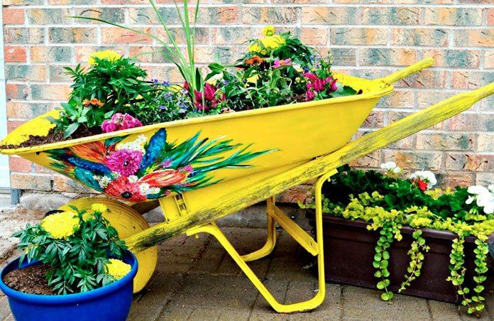 20 ideas para decorar tu casa con material reciclado for Jardines reciclados