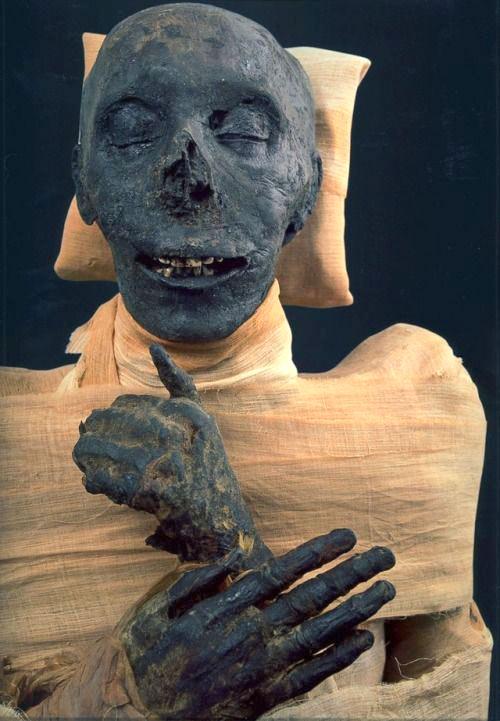 Momia de Tutmosis III
