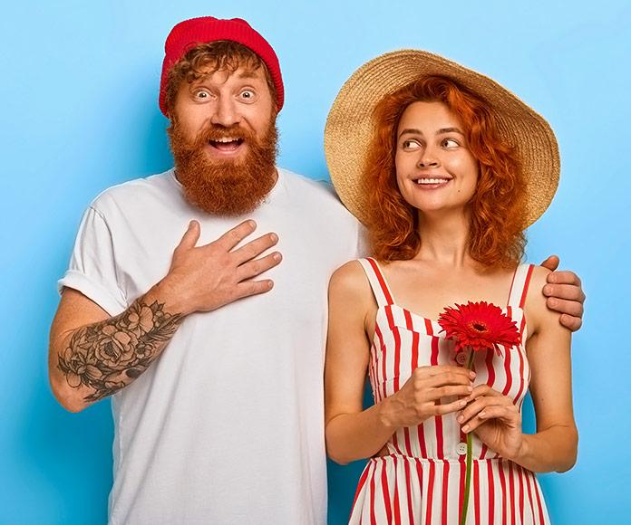 pareja de enamorados hipster